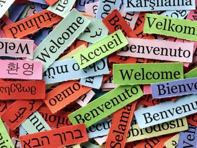 Welcome in many different languages.